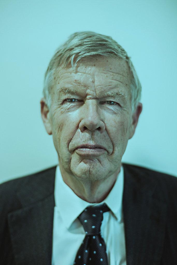 Dr. Jens Erhardt
